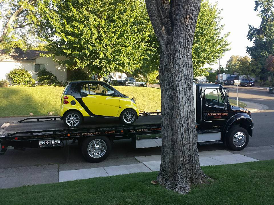 Rocklin Ace Towing provides tow truck service to Rocklin, Roseville, Citrus Heights and Lincoln. We have tow truck equipment for every job, so we can tow big cars and little cars. Rocklin Ace Towing service is ready to take your cal and send a driver to help you.