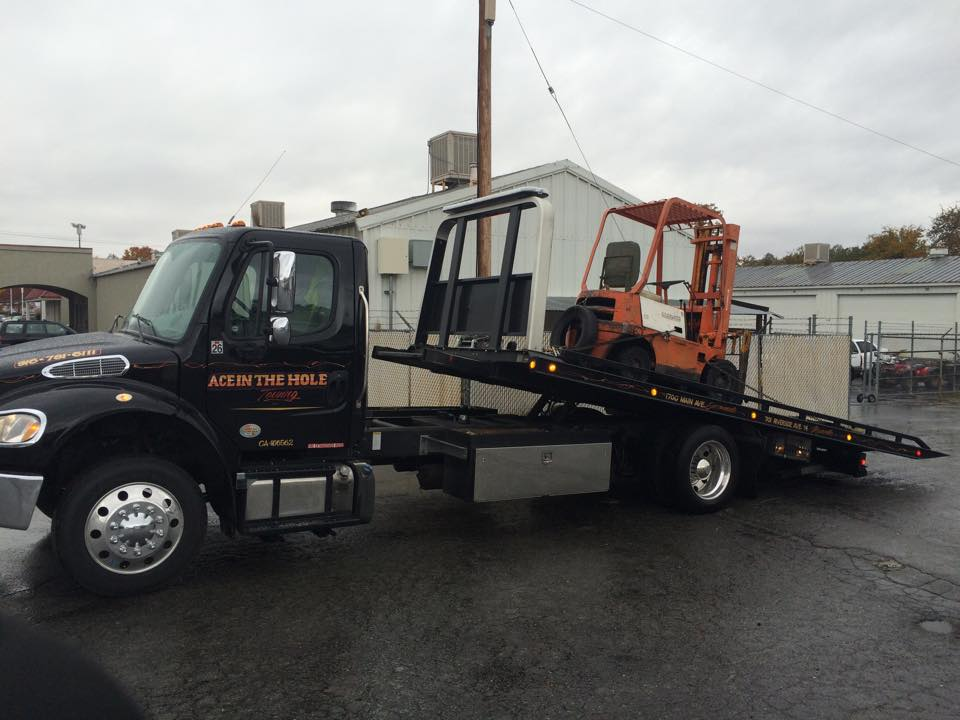 When your fork lift needs to change location, Rocklin Ace Towing is ready to move it for you. Our fleet of flatbed tow trucks can easily tow almost anything. So, if you have a special vehicle that needs to be moved, Rocklin Ace Towing is the towing company to call.